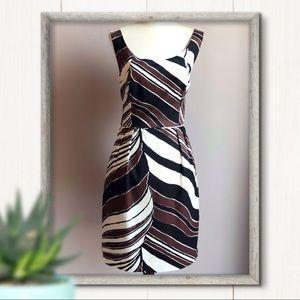 Trina Turk Sleeveless Sheath Dress Size 10